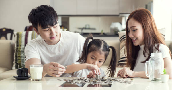 Clever Ways To Teach Your Kids About Money